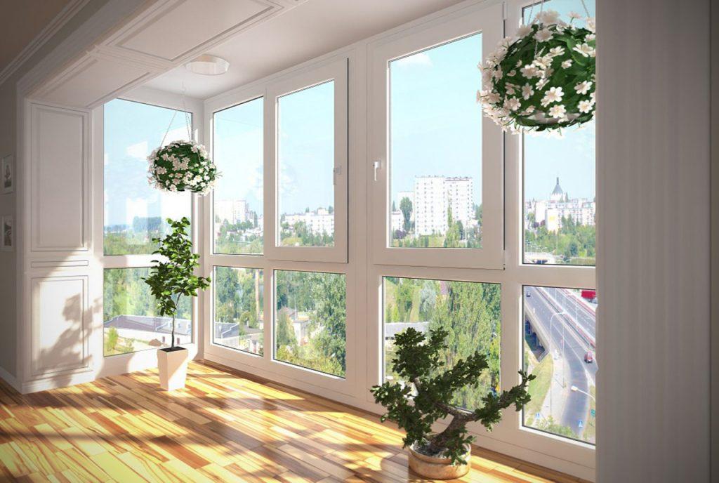 Панорамный балкон с профилями ПВХ